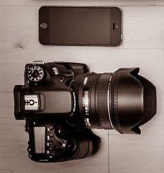 Mobile or DSLR camera